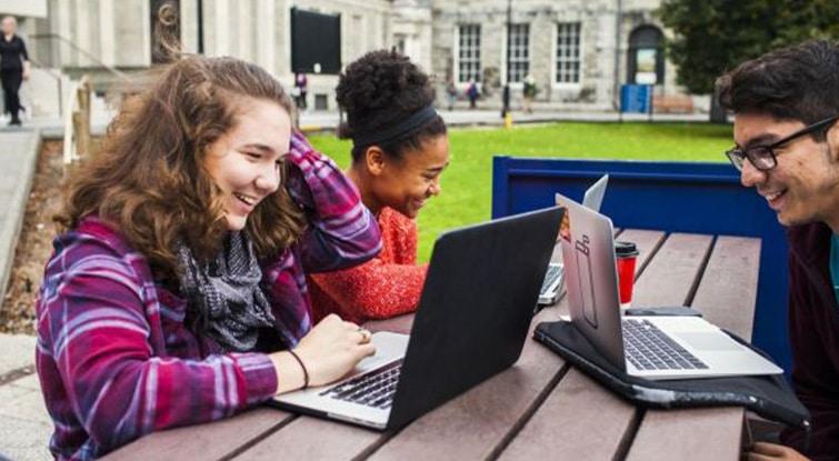 İrlanda Dil Okulu Programları