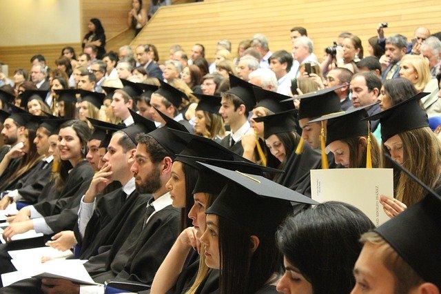 İngiltere'de Sertifika ve Diploma