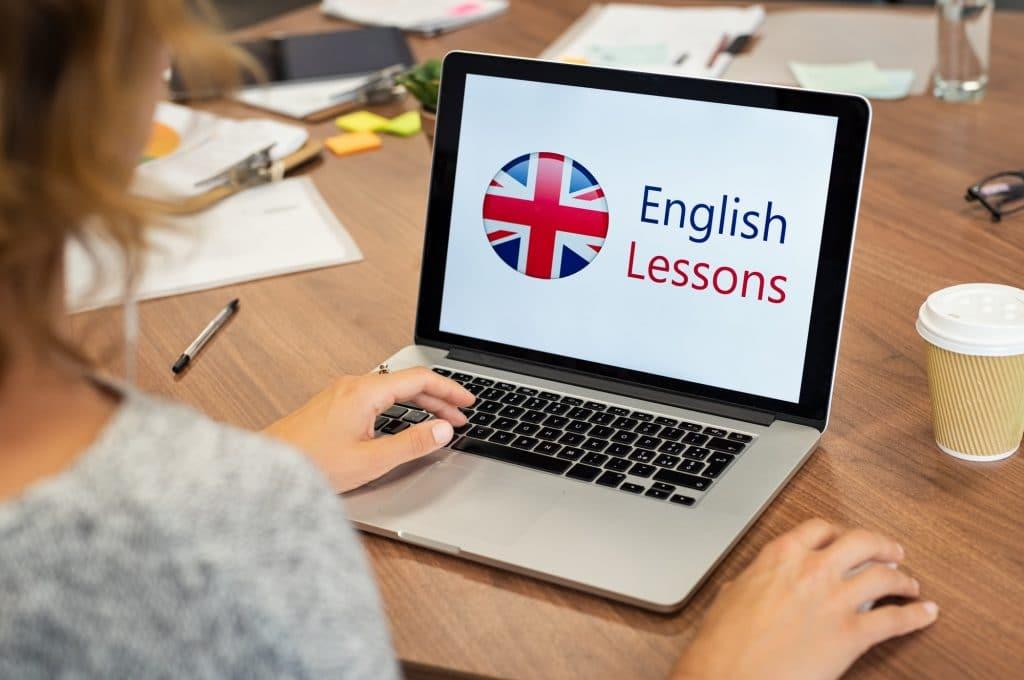 Yurtdışında Dil Okuluna Kimler Katılabilir