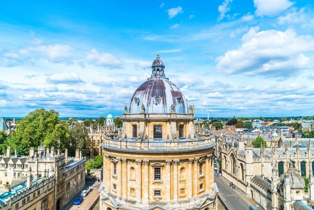 İngiltere'de Üniversite Okumak için 10 Neden