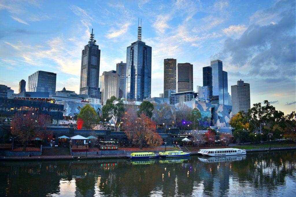 Melbourne'de Dil Eğitimi Almak