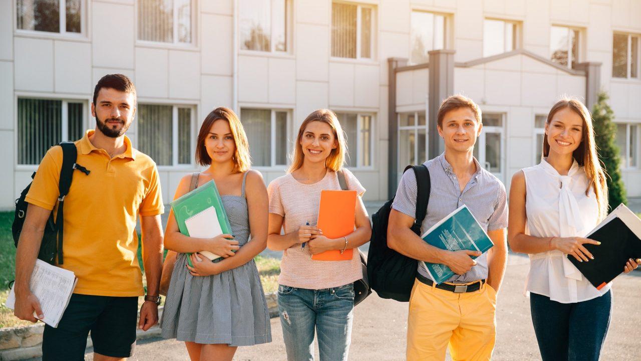 Yurtdışı'nda Üniversite Öğrencileri